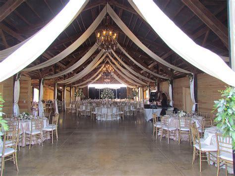 The Barn @ Hickory Creek Ranch   Crockett Texas   Rustic