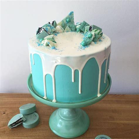 aqua cake ideas  pinterest turquoise cake