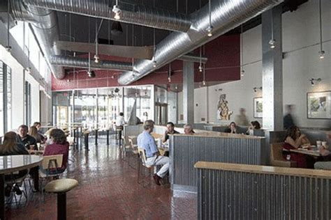 chipotle  eco friendly restaurant ecofriend