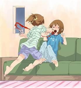 Hirasawa Sisters - K-ON! - Image #841243 - Zerochan Anime ...