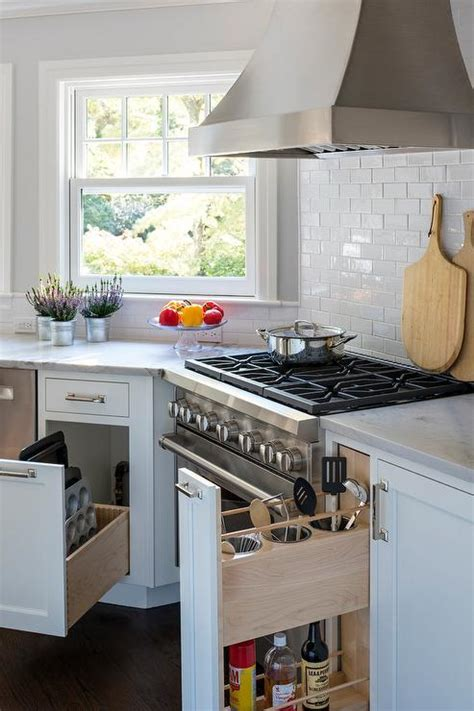 White Macauba Kitchen Countertops   Transitional   Kitchen