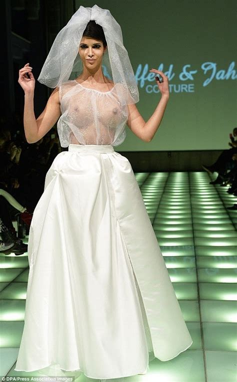 A List Of Inappropriate Wedding Dresses Everafterguide