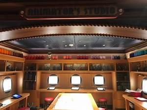 Disney Dream Oceaneer Club - animators studio - Growing ...