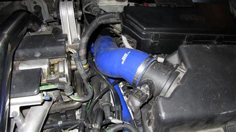 volvo svn turbo  inlet hose  vn