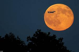 Blue moon images reveal rare phenomenon of two full moons ...