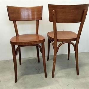 Chaise Bistrot Bois : chaise de bistrot baumann vendues par deux en bois blond vernis ~ Teatrodelosmanantiales.com Idées de Décoration
