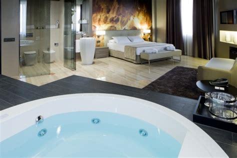 hotel avec baignoire dans la chambre hotel avec baignoire balneo 28 images hotel avec