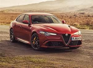 Alfa Romeo Giula : alfa romeo giulia saloon review 2016 parkers ~ Medecine-chirurgie-esthetiques.com Avis de Voitures