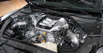 how does a cars engine work 2012 nissan pathfinder instrument cluster how are 4 cylinder and v6 engines different 4 cylinder and v6 engines howstuffworks