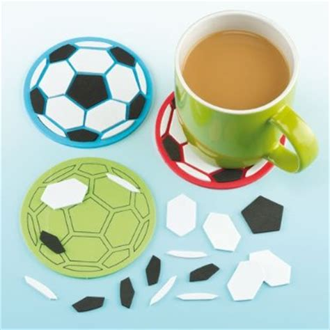 football bricolage activites manuelles loisirs
