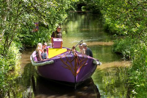 Ferry Marina Boat Hire horning ferry marina cruiser hire boat hire norfolk broads