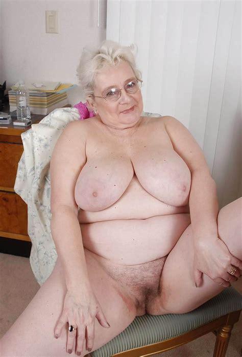 Granny Nude Image 23789