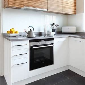 Modern kitchen for small space smart home kitchen for Modern kitchen designs for small spaces