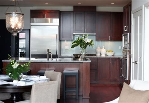 gray kitchen walls with cherry cabinets 25 best ideas about cherry kitchen on cherry 8348