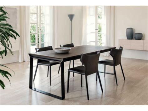omega dining table  night  day natuzzi italia