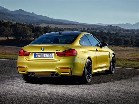 Bmw M4 Coupe Photo by 169 Automotiveblogz 2015 Bmw M4 Coupe Photos
