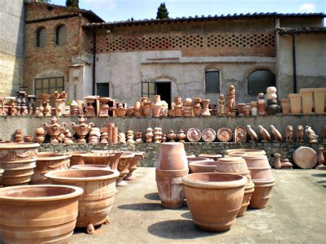 Vasi Cotto Impruneta - terracotta of impruneta near florence delicious italy