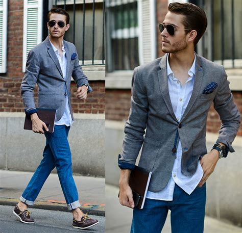 Outfit Ideas to Wear with Menu0026#39;s Sperry Shoes