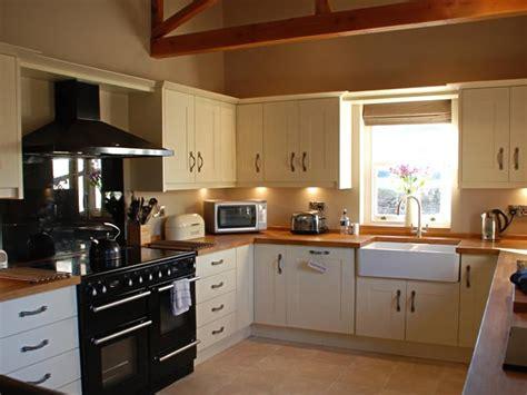ivory kitchen ideas ivory kitchen ideas afreakatheart