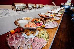 rustic reception food ideas budget friendly and creative With food ideas for wedding reception buffet