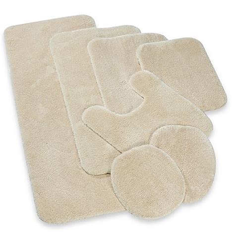 Buy Wamsutta® Duet Contour Bath Rug in Vanilla from Bed Bath & Beyond