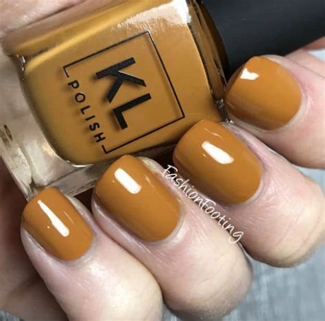 Gorgeous Fall Nail Colors You Should Definitely Try