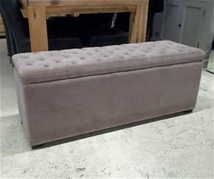 Coffre Pied De Lit : les meubles neufs vendus ~ Teatrodelosmanantiales.com Idées de Décoration
