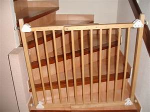 Barriere De Securite Escalier : barriere de securite escalier clasf ~ Melissatoandfro.com Idées de Décoration