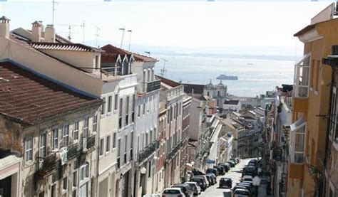 Apartment of the Week in Lisbon: Lapa Vista   Friendly