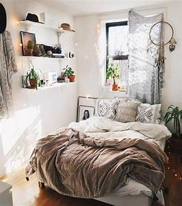 small room ideas best 25 small bedrooms ideas on pinterest With bedroom decorating ideas for small bedrooms
