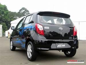 Daftar Harga Resmi Toyota Agya
