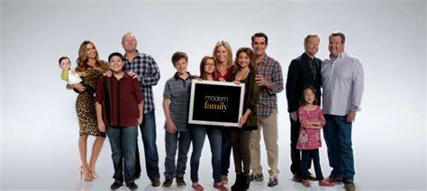 modern family saison 7 nouveau joe cast 233 photos brain damaged