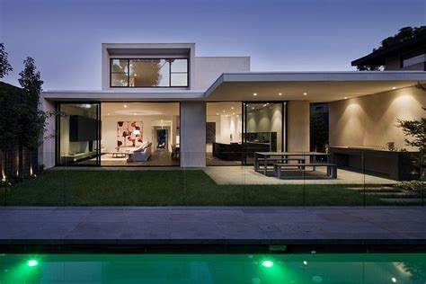 lubelso residence  canny  malvern australia