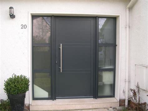 porte d entree moderne alu portes d entr 233 e restore alu 224 lille