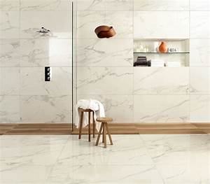 carrelage de salle de bain marbre blanc veine alba With salle de bain marbre carrare