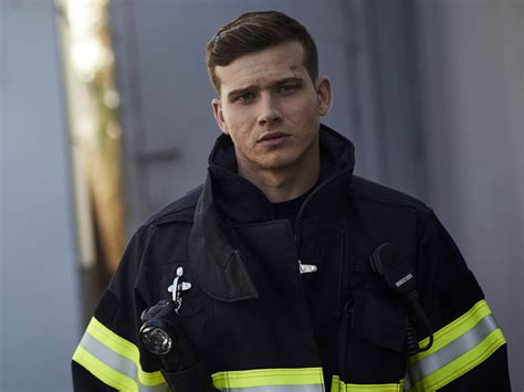 oliver stark 911 fox oliver stark lands firefighter job in 9 1 1 tv show patrol