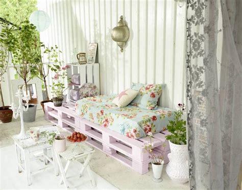 fabriquer salon de jardin en palette de bois  idees creatives