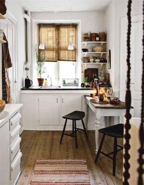 1000+ Ideas About White Cottage Kitchens On Pinterest