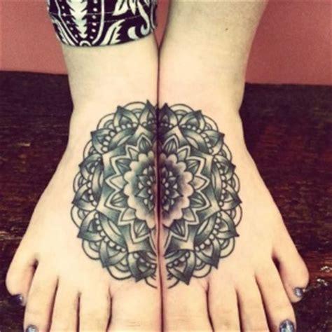 100 motifs de tatouage pied femme les beaux modeles de tattoos f