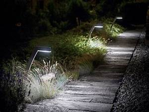 borne d eclairage de jardin a led 57925 3777961 external With amenagement terrasse et jardin photo 7 eclairage terrasse et escalier lumiare elec design
