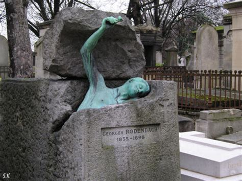 le pere la chaise le pere lachaise tombstones graveyards cemetery and cemetery