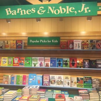 Barnes Noble Baton by Barnes Noble Booksellers 72 Photos 15 Reviews
