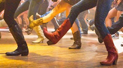 5 Of The Most Epic Country Line Dance Fails (watch