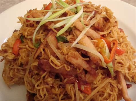 difference between chow mein and lo mein difference between lo mein and chow mein www pixshark com images galleries with a bite