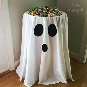 Deco Halloween Diy : best 25 diy halloween decorations ideas on pinterest halloween diy halloween dance and easy ~ Preciouscoupons.com Idées de Décoration