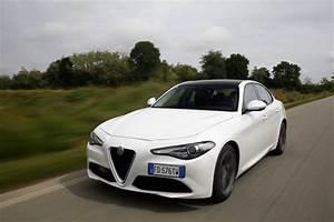 Essai Alfa Romeo Giulia : essai alfa romeo giulia notre avis d taill sur la giulia diesel l 39 argus ~ Medecine-chirurgie-esthetiques.com Avis de Voitures