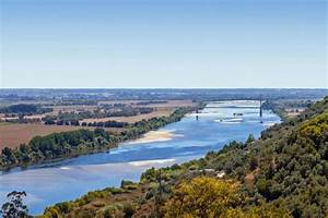 Fluss In Portugal : tejo der l ngste fluss der iberischen halbinsel portugal 360 ~ Frokenaadalensverden.com Haus und Dekorationen