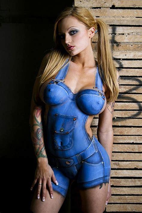 World Amazing Photos Sexy Women Body Art