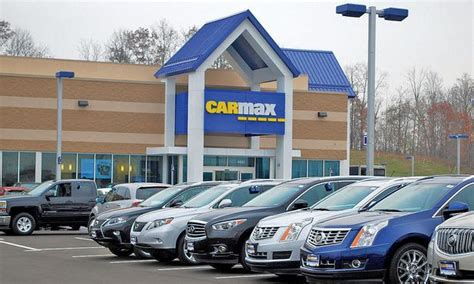 carmax extends  financing program   stores