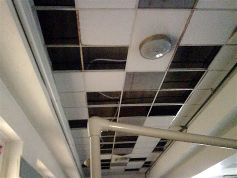 2x4 and 2x2 suspended ceilings lighting duct diffusers